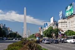 9 aires Alei Buenos De Julio obelisk Fotografia Royalty Free