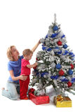 9 bożych narodzeń córki szczęśliwa matka nad drzewem Fotografia Royalty Free