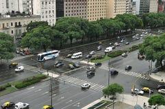 9 de Julio Aveny. Buenos Aires. Argentina Royaltyfri Foto
