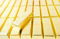 9 guld för 999 fine Arkivfoton