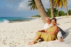 9 lyckliga pensionärer arkivfoto