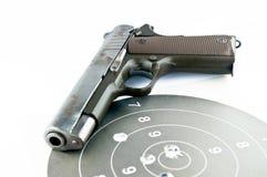 9 Millimeter-Pistole und Zielschießen Stockfotografie