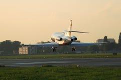900b达萨尔猎鹰着陆 库存图片