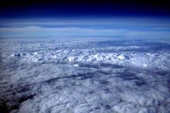 91朵云彩飞行视图 图库摄影