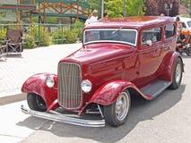 ! 932 Ford Limousine Lizenzfreie Stockfotografie