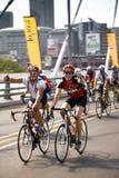 94.7 desafio do ciclo - cavaleiros na ponte de Mandela Fotografia de Stock