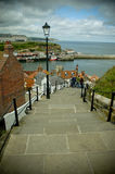 99 stappen in Whitby Stock Foto's