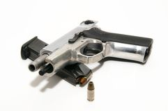 9mm pistola e compartimento Fotografia de Stock Royalty Free