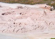 A ação da bolha na lama yellowstone Imagens de Stock Royalty Free