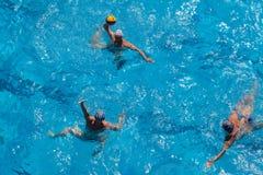 Ação da piscina do polo aquático Fotografia de Stock