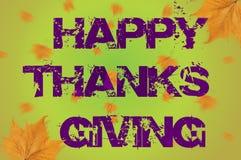 Ação de graças feliz escrita no fundo verde com folha de queda Imagens de Stock Royalty Free