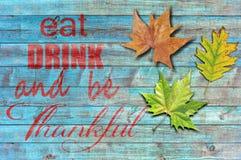 Ação de graças feliz no fundo de madeira azul Imagens de Stock Royalty Free