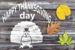 Ação de graças feliz no fundo de madeira velho Fotografia de Stock Royalty Free