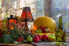 Ação de graças - um feriado da família, ainda vida com vegetais e Fotografia de Stock Royalty Free