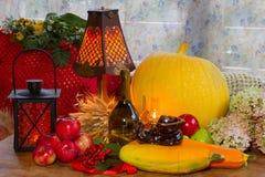 Ação de graças - um feriado da família, ainda vida com vegetais e Imagens de Stock