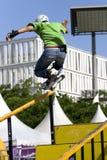 Ação de patinagem Inline agressiva (do corrimão) Imagens de Stock