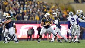 2014 ação do futebol do NCAA - estado de WVU-Kansas Imagens de Stock