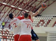 Ação do handball dos homens Imagens de Stock Royalty Free