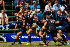 Cinzas Outeniqua do rugby de Challeng da bola dos jogadores Fotos de Stock Royalty Free