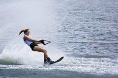 Ação do slalom das mulheres - abril Coble Eller Fotos de Stock