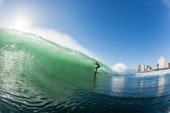 Ação surfando da água de Durban das ondas Fotos de Stock Royalty Free