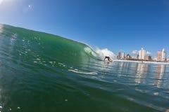 Ação surfando da água de Durban das ondas Fotografia de Stock