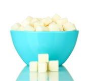 Açúcar de protuberância branco na bacia fotos de stock royalty free