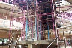 Aço ou ferro sob o terreno de construção da construção Foto de Stock