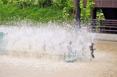 Aération de turbine dans l'eau Photo stock