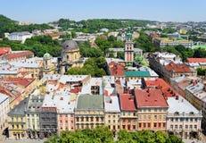 Aérez la vue sur la partie centrale de la ville de Lviv Photos stock