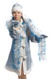 Aérez le baiser de la fille dans le costume de fille de neige Image libre de droits