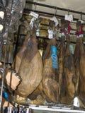 Aérez le jambon sec à Mijas un des villages 'blancs' les plus beaux Photographie stock libre de droits