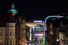 Aérez le panorama de vue de Katowice, dans la nuit Image stock