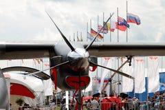 Aérez le propulseur d'un avion moderne dans la perspective du Photographie stock