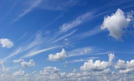 Aérez les nuages. Photos libres de droits