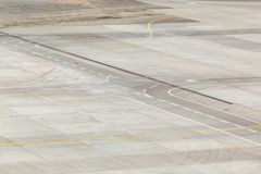Aérodrome et inscriptions sur le tablier Photos stock