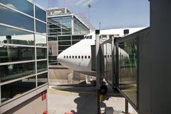 Aéronefs à la porte Image libre de droits