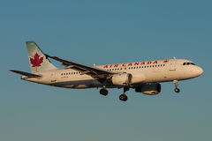 Aéronefs d'Air Canada Airbus A320 Images stock