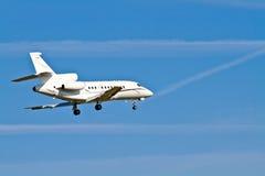 Aéronefs d'atterrissage/avion à réaction privé Photographie stock