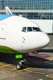 Aéronefs dans l'aéroport Photos libres de droits