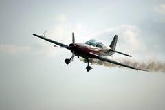 Aéronefs de fumage Images stock