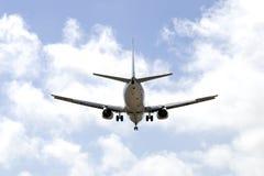 Aéronefs sur un ciel bleu Photographie stock libre de droits
