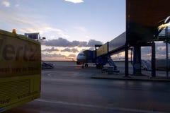 Aéroport à l'aube Images libres de droits
