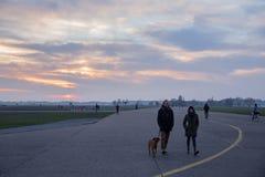 Aéroport abandonné du Tempelhof à Berlin Photographie stock