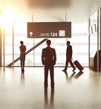 Aéroport avec des personnes image stock