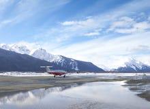 Aéroport avec l'avion en Alaska Image libre de droits