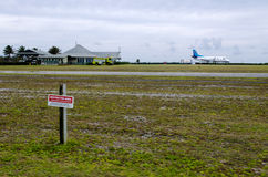 Aéroport d'Aitutaki dans le cuisinier Islands de lagune d'Aitutaki Photo libre de droits