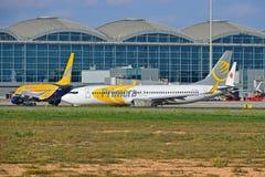 Aéroport d'Alicante de lignes aériennes de Primera Photos libres de droits
