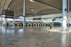 Aéroport d'Alicante de terminal Images stock