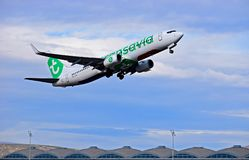 Aéroport d'Alicante de vol de lignes aériennes de Transavia Photographie stock libre de droits